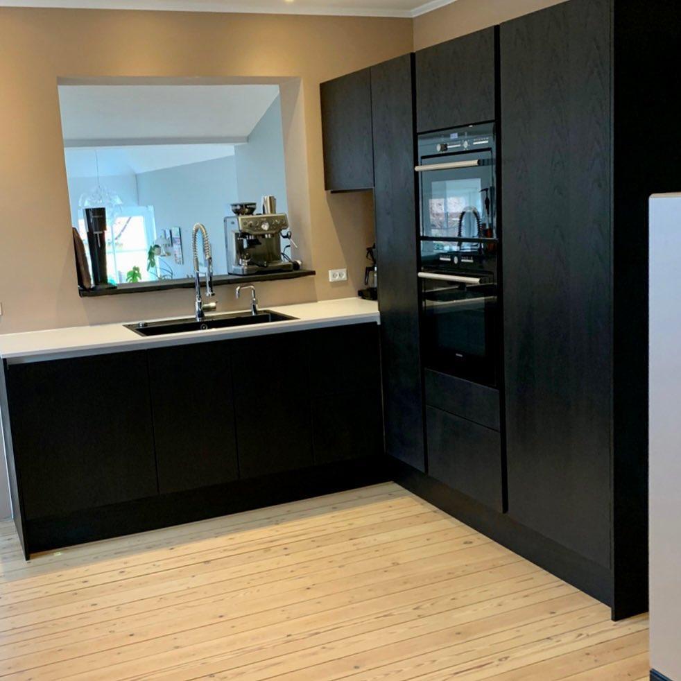 Nye køkkenlåger, sokler og gavle til ældre køkken